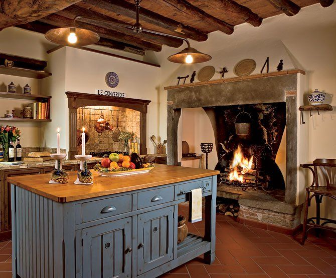 Italian kitchen beautiful fireplace for the home for Arredamento rustico italiano