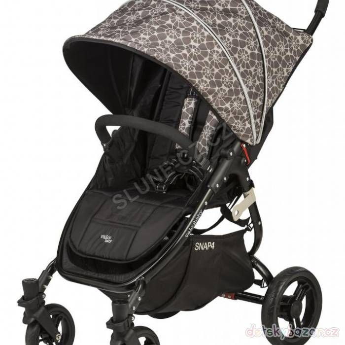 Kočárek Valco baby Snap 4 Black CZ limitovaná edice 2016 z bazaru za 4500 Kč | Detskybazar.cz