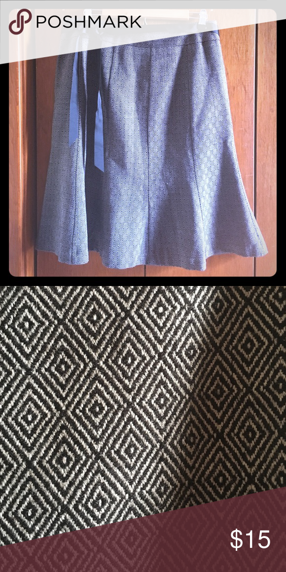 Grey and black petal skirt Great condition, I ship within 24 hours, reasonable offers accepted George Skirts A-Line or Full