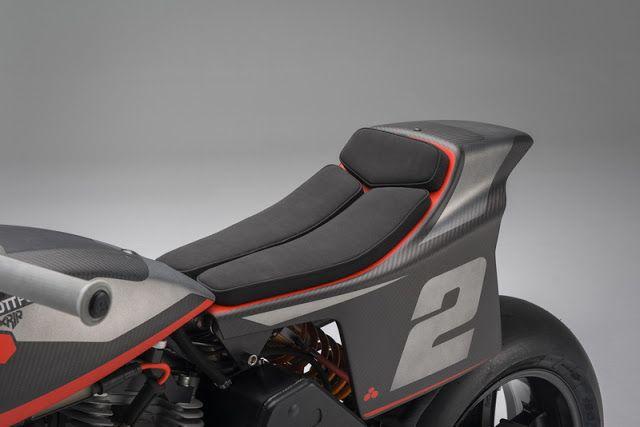 Bott XR1R - RocketGarage - Cafe Racer Magazine