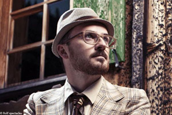 Conseils lunettes pour homme portant la barbe   Lunettes Edition ... 0cd4eaf7509b