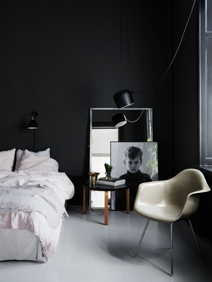 Sunday sanctuary the darker side oracle fox oracle fox bedroom imagesmodern interiorsscandinavian interiorsblack