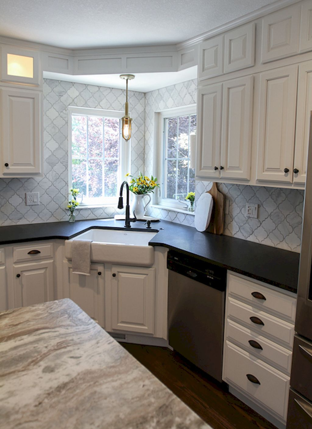 65 Modern Farmhouse Kitchen Sink Ideas (With images