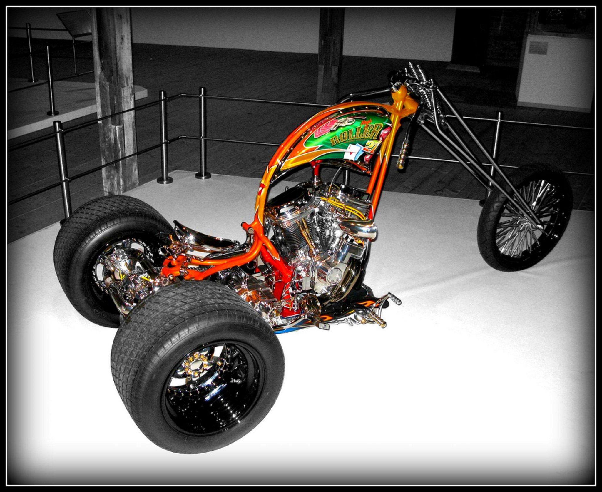 Custom harley high roller trike by destiny cycles