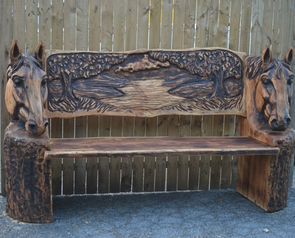 Wonderful the art of chainsaw carving horse head bench