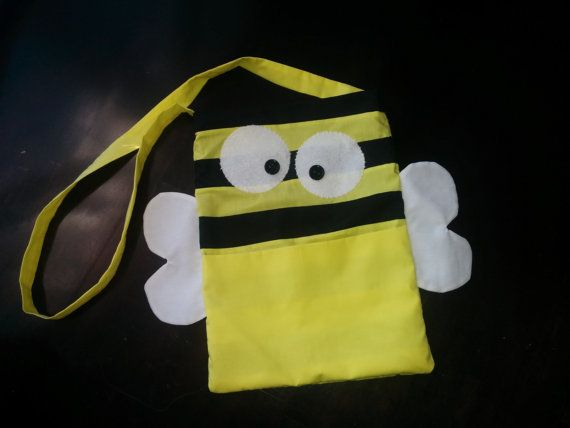 Bee Bag by StitchingMyTimeAway on Etsy
