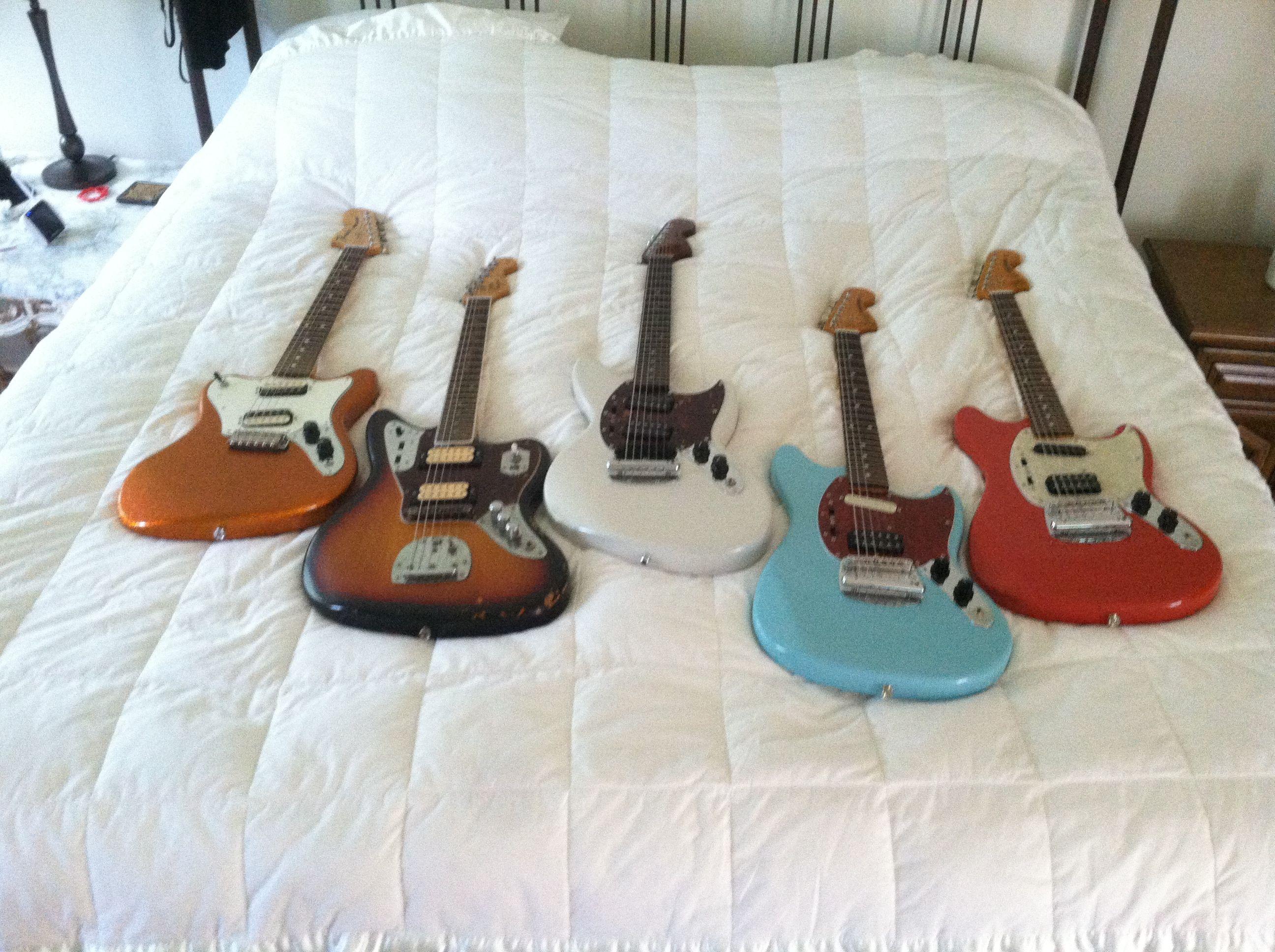 Fender Pawn Shop Super Sonic guitar Kurt Cobain Fender Jaguar and Mustangs with a Jagstang
