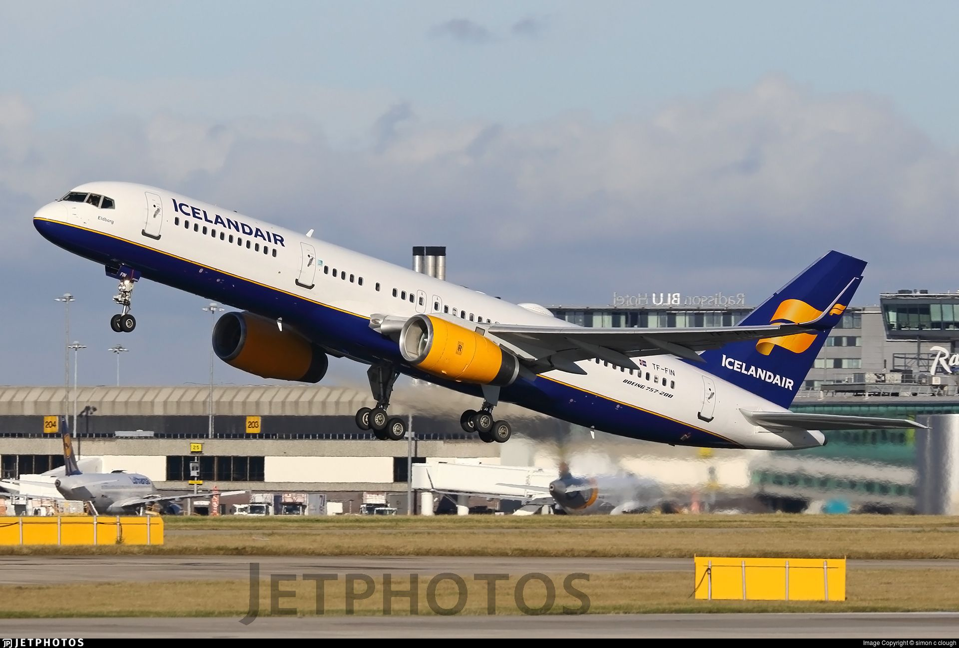 1920px. TFFIN. Boeing 757208. is the