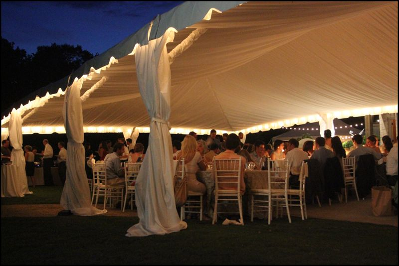 love the curtains on the side of the tent & Wedding-Tent-Liner.jpg (800×534) | Wedding Decor | Pinterest ...