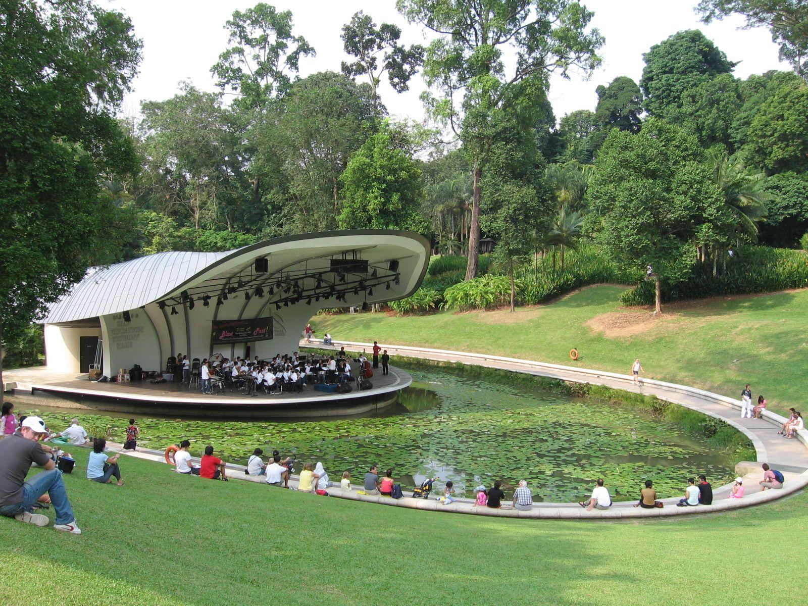 Singapore Botanic Gardens, Symphony Lake Singapore
