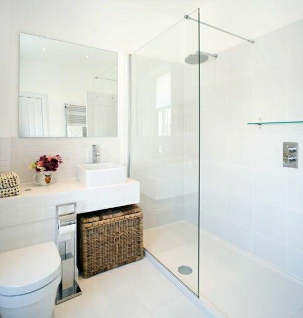 Weißes Badezimmer Duschwand Korb Blumen Badideen | Ideen Zum Haus ... Korb Badezimmer