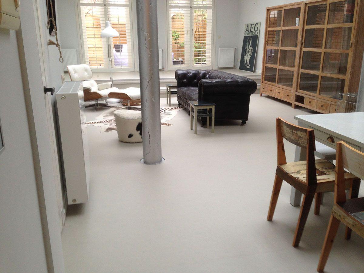 Marmoleum vloer grijs een betonlook linoleum vloer als hippe