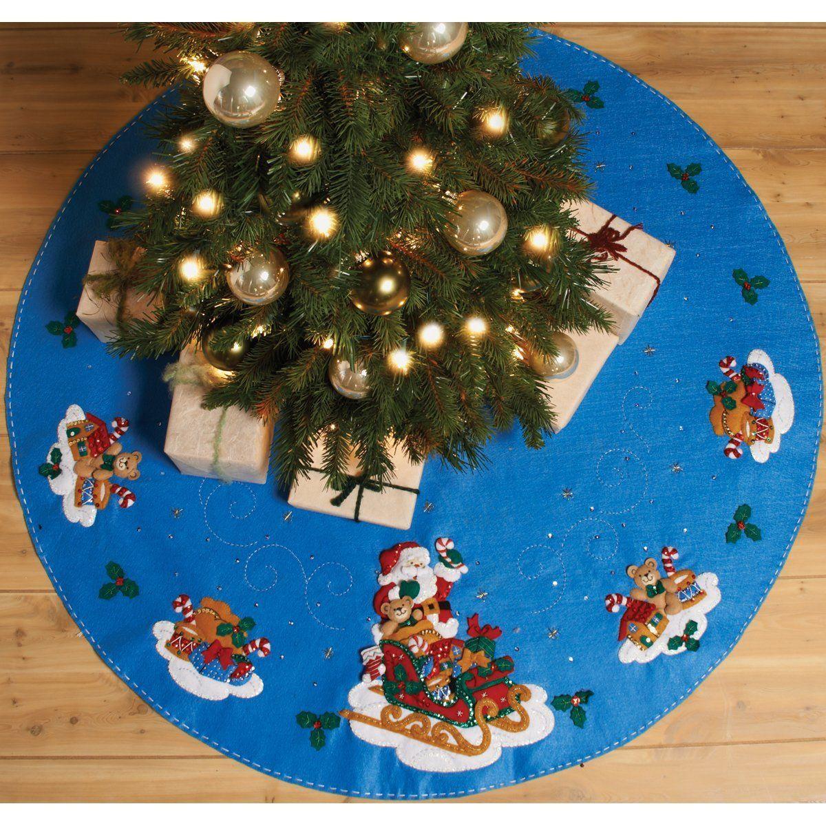 Amazon Com Bucilla Santa His Sleigh Tree Skirt Felt Applique Kit 43 Round Felt Christmas Tree Christmas Tree Skirt Mini Christmas Tree