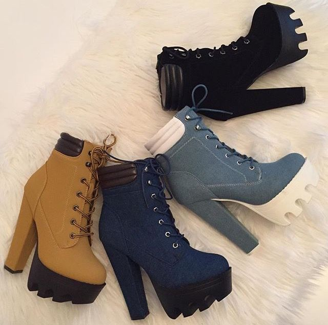 Broma vacío web  Pin by Sheila Barcelona on shoes   Timberland heels, White timberland  boots, Boots