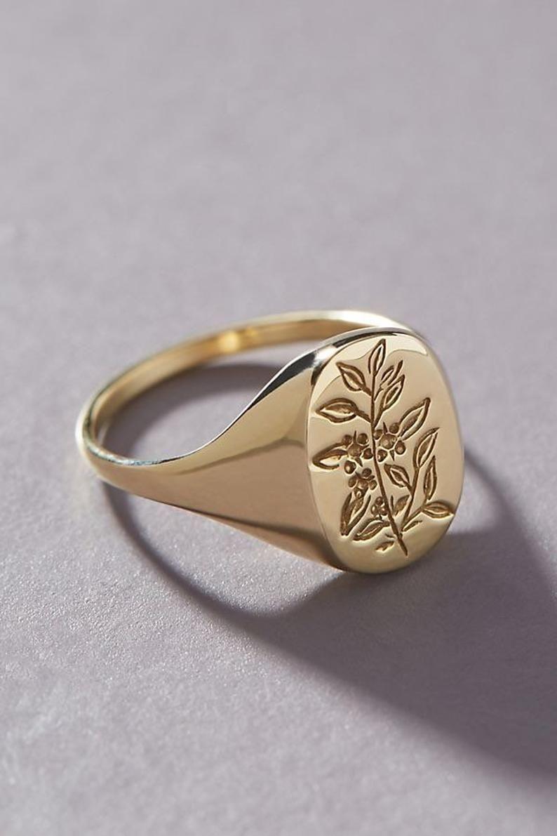 Photo of Tea Leaf Signet Ring | Etsy