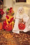 Quel costume effrayant de petite fille choisir pour Halloween ? #deguisementfantomeenfant jeux et recettes pour halloween - Halloween avec les enfants - Halloween est une occasion de faire la fête avec les enfants. Le thème est très riche et clairement identifiable, ce qui donne plein d'idées. Nous avons demandé à des professeurs... #deguisementfantomeenfant Quel costume effrayant de petite fille choisir pour Halloween ? #deguisementfantomeenfant jeux et recettes pour halloween - Halloween #deguisementfantomeenfant