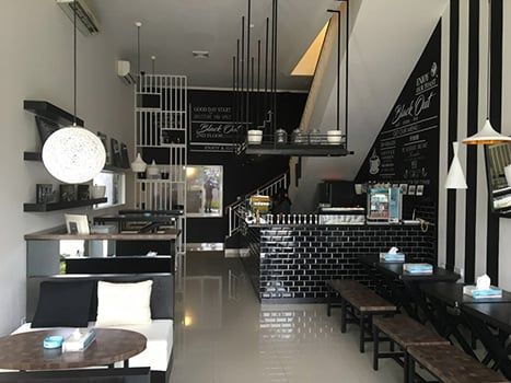 Modern Dining Area Black Out Gading Serpong Lex