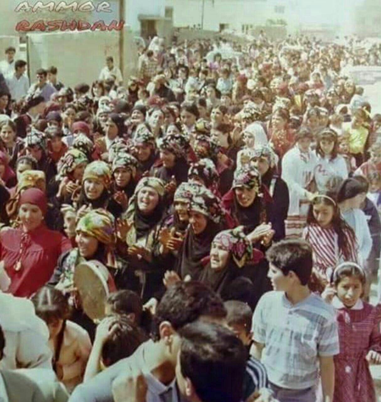 صورة من عرس أردني قديم من حفلات الفاردة في شمال الأردن Couple Photos Photo Face