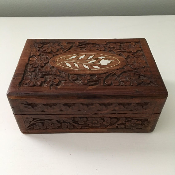 Vintage Carved Wooden Box With Inlay Detail Jewelry Box Etsy Wooden Boxes Handmade Wooden Boxes Carving