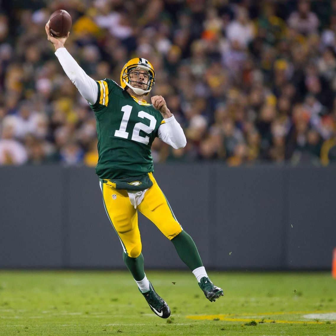 Rodgers Is Just Unbelievably Good Another Fantastic Game Packersvsbears Packernation Green Bay Packers Aaron Rodgers Packers Vs Bears