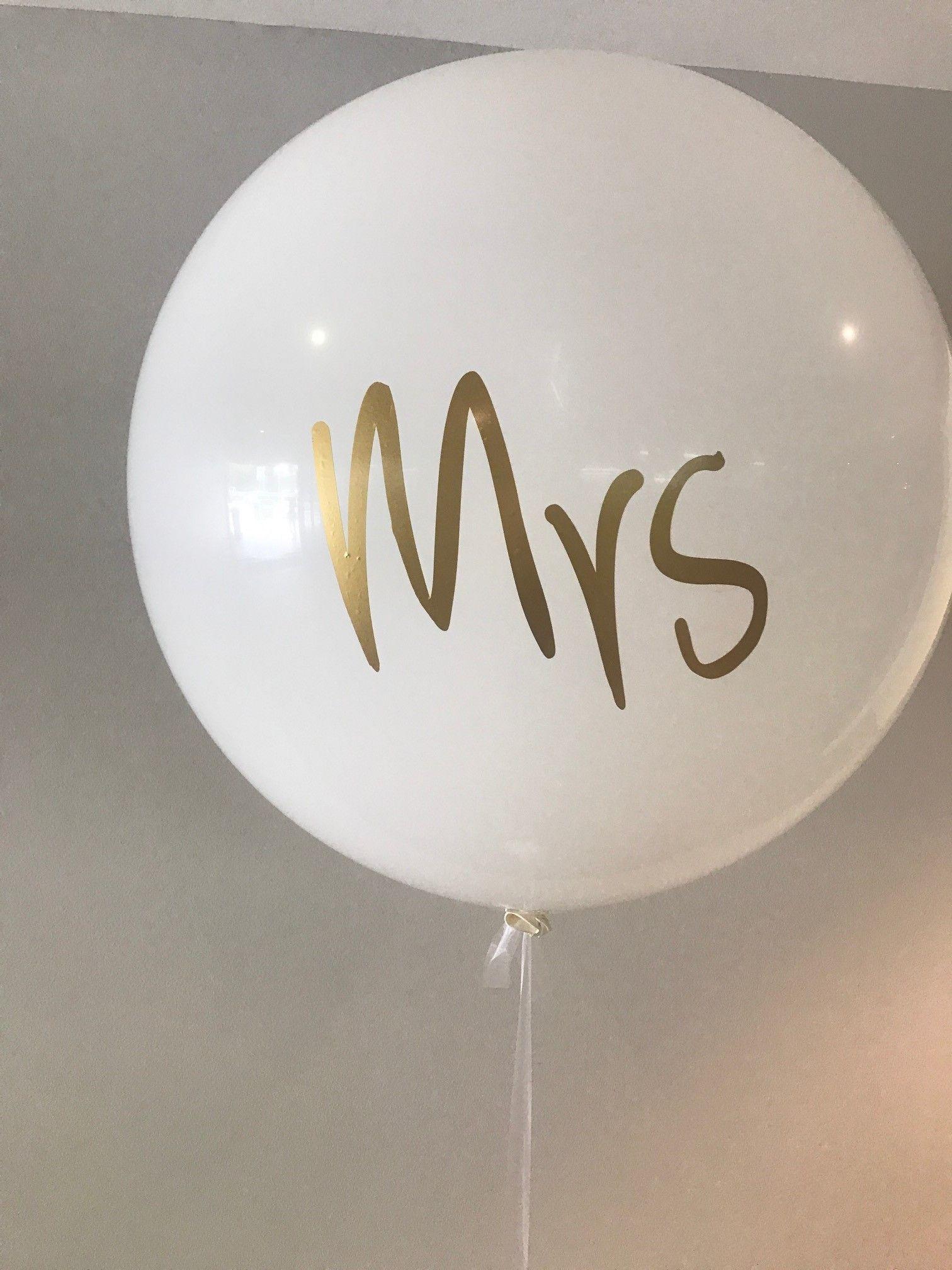 latex balloon White