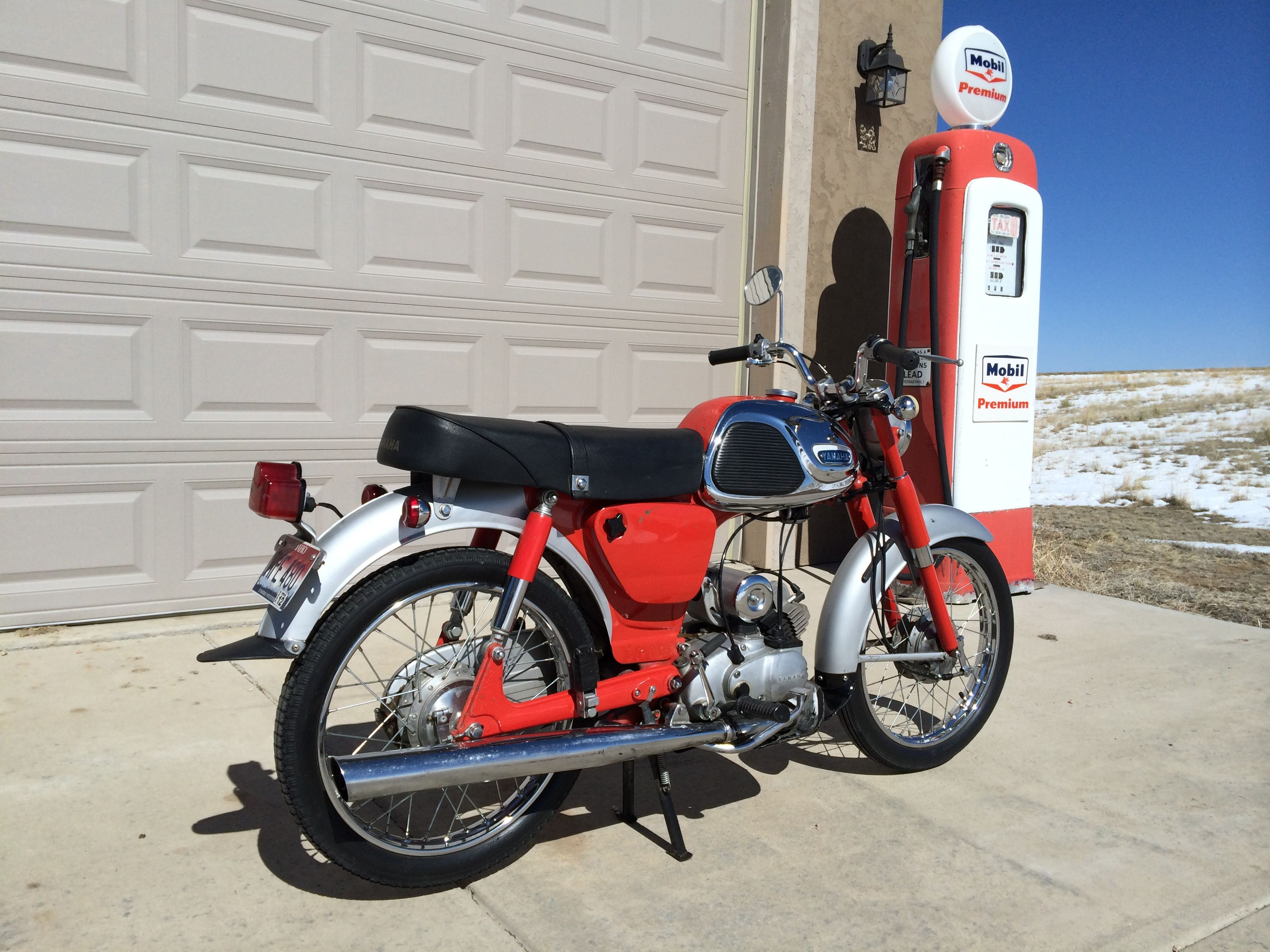 Early '64 Yamaha YG-1 2 stroke 80cc street bike w/ 4 speed