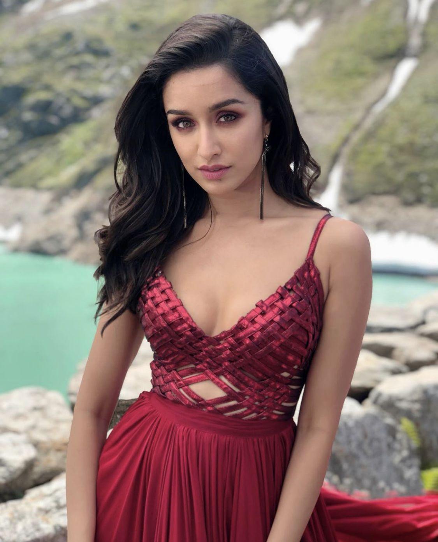 Hot Bollywood Shraddha Kapoor Actress Photos Gallery
