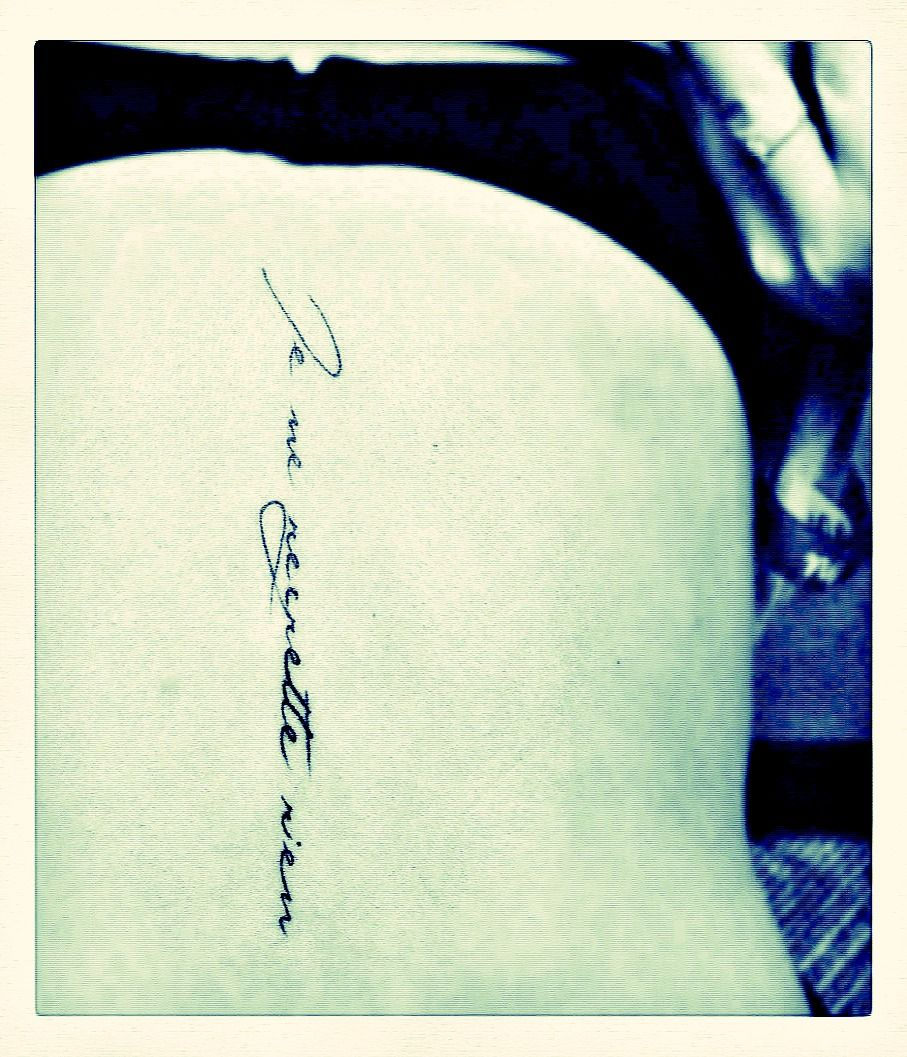 French Tattoo Je Ne Regrette Rien No Regrets: Je Ne Regrette Rien- Love The Style Too.