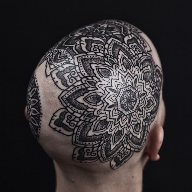 215e7e2990fbc Thomas Hooper - the most detailed and perfect mandala/mendhi style tattoos.  Let's try elbow instead of head.