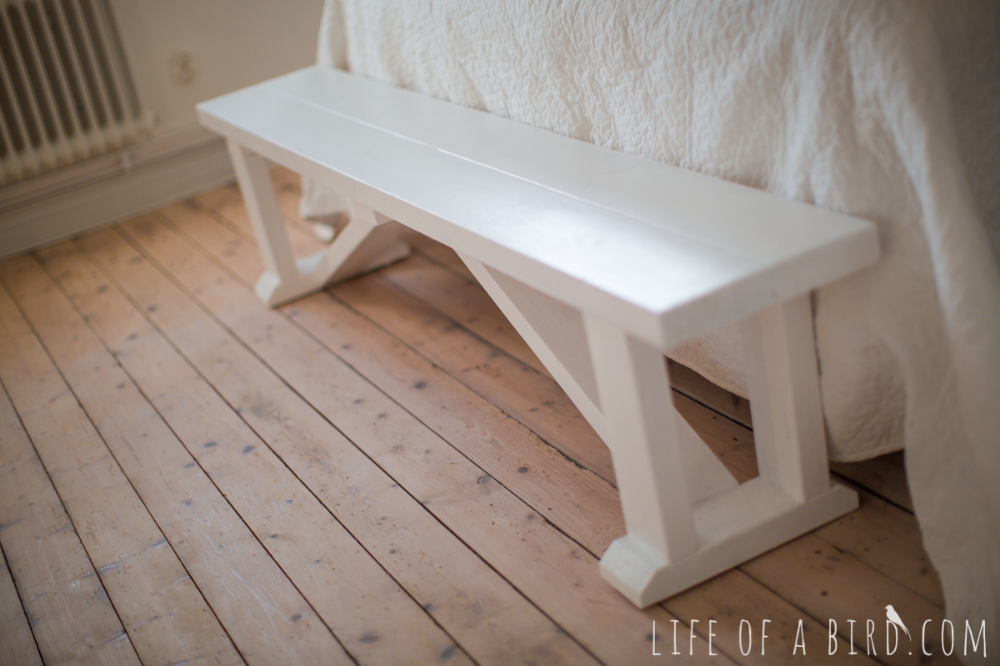 Diy End Of Bed Bench For Beginners Happier Homemaker Bench Ana White Diy Wood Bench End Of Bed Bench Diy Bench