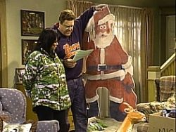 Roseanne Season 6 Episode 12 - White Trash Christmas | Roseanne ...