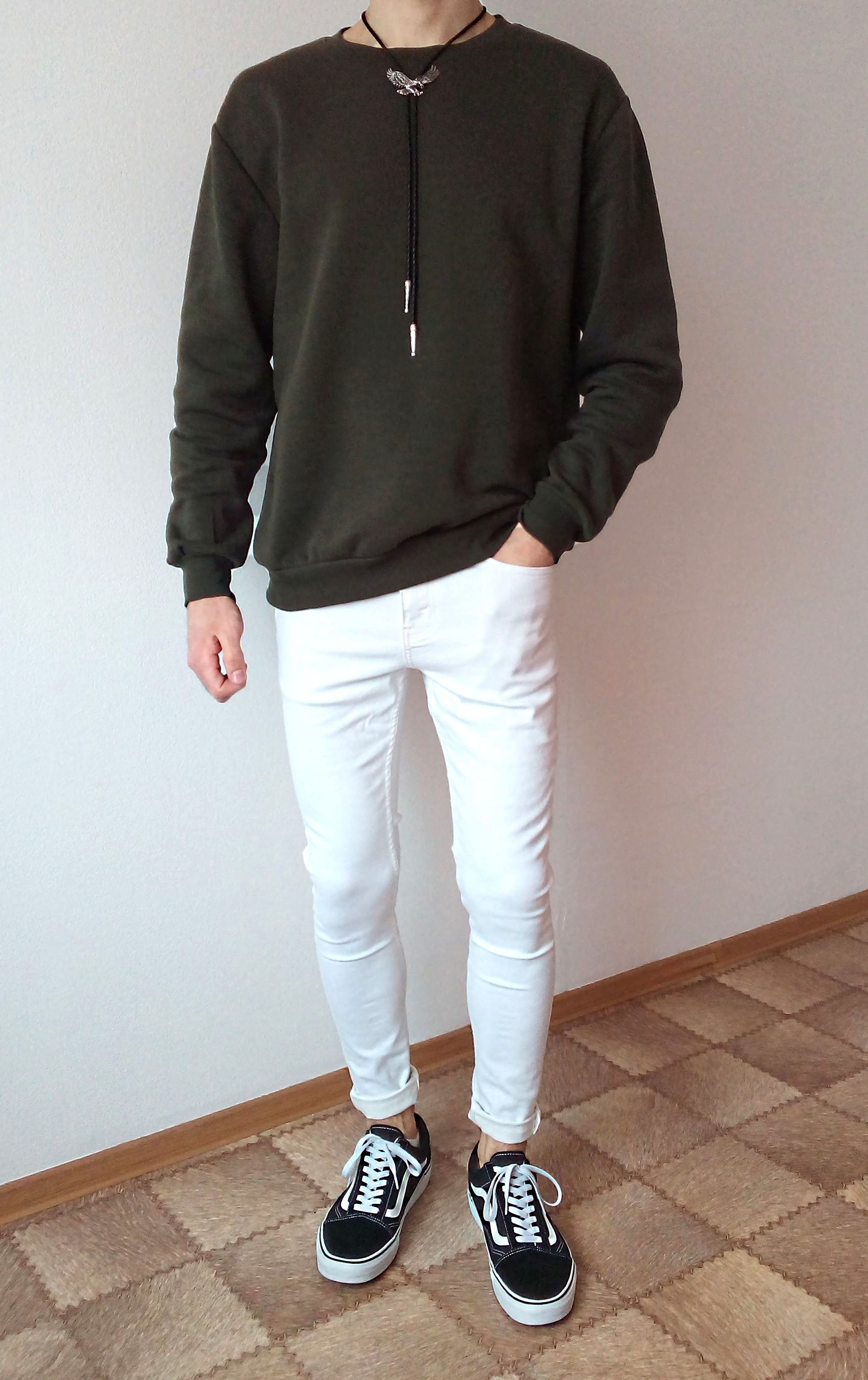 vans old skool white skinny jeans boys guys outfit | vans