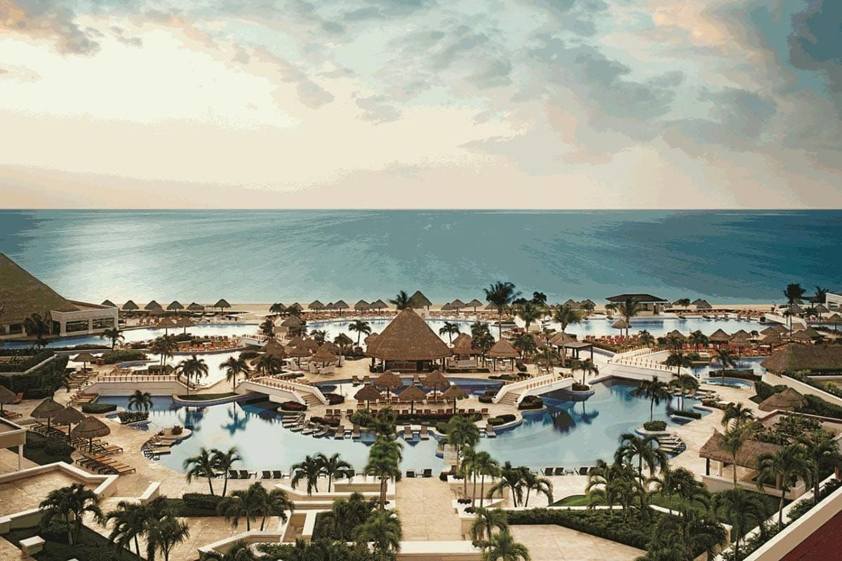 Where To Stay In Cancun The Best Place In Cancun To Stay In 2021 Cancun Mexico Hotels Cancun Vacation Mexico Travel