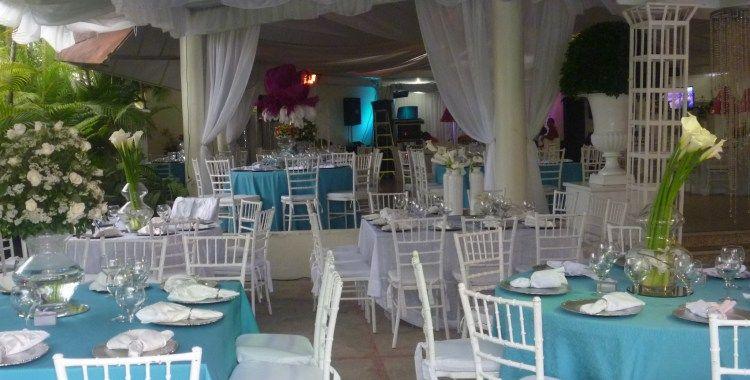 Silla tiffany blanca mesas redondas manteles blancos y for Manteles para mesas redondas