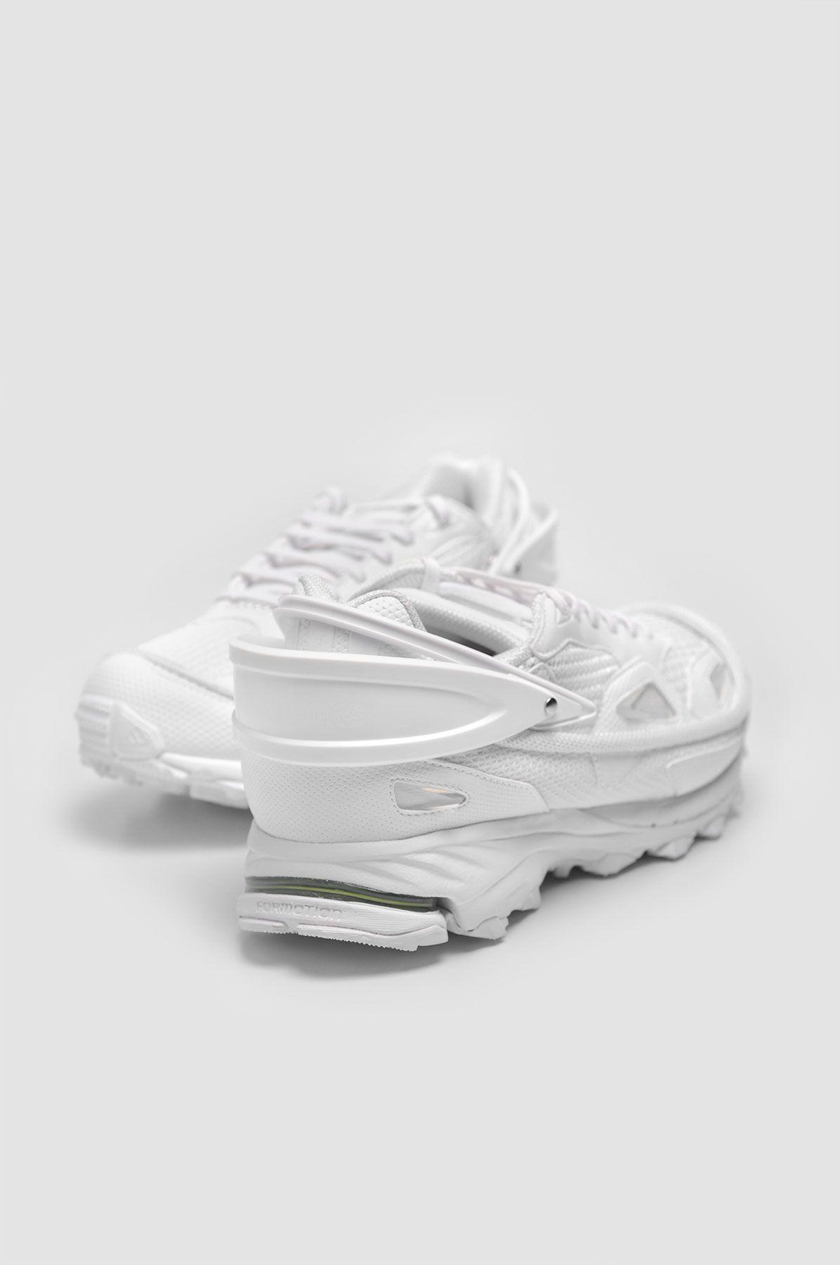 f479d6e464094a ADIDAS X RAF SIMONS Response Trail 2 All White Sneakers   鞋 ...