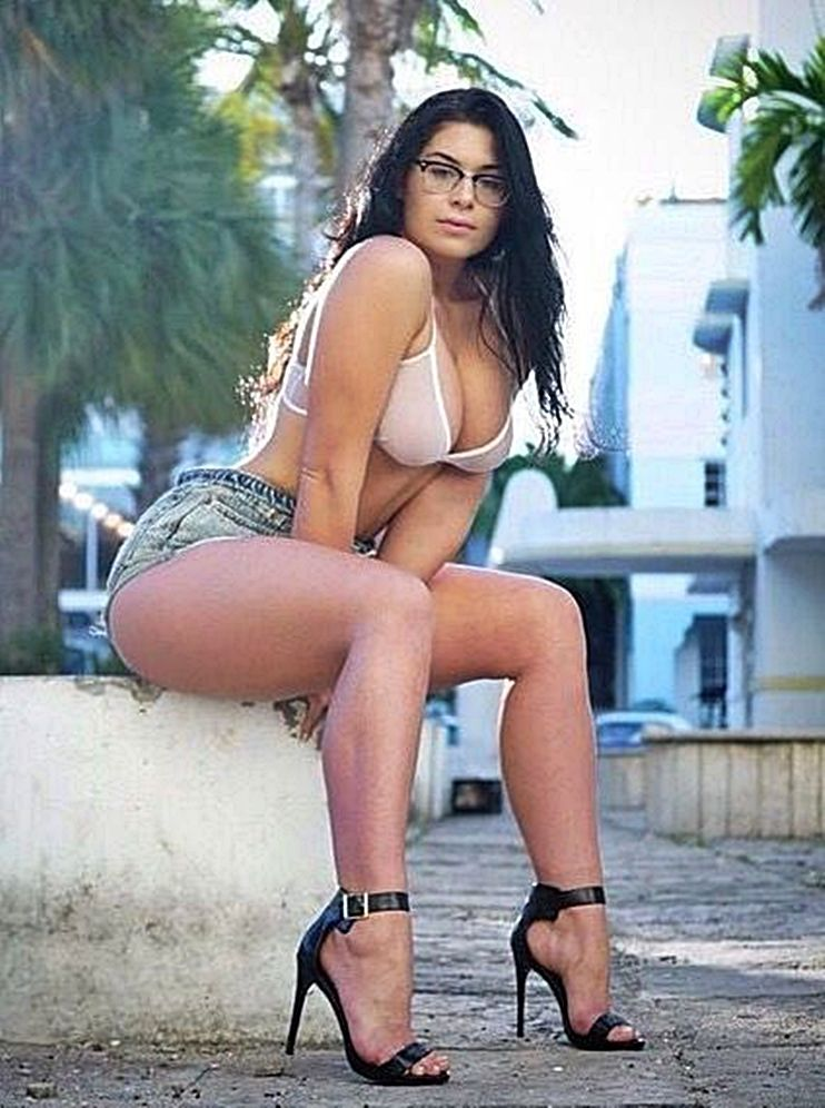 Beautiful mature nasty woman — pic 7
