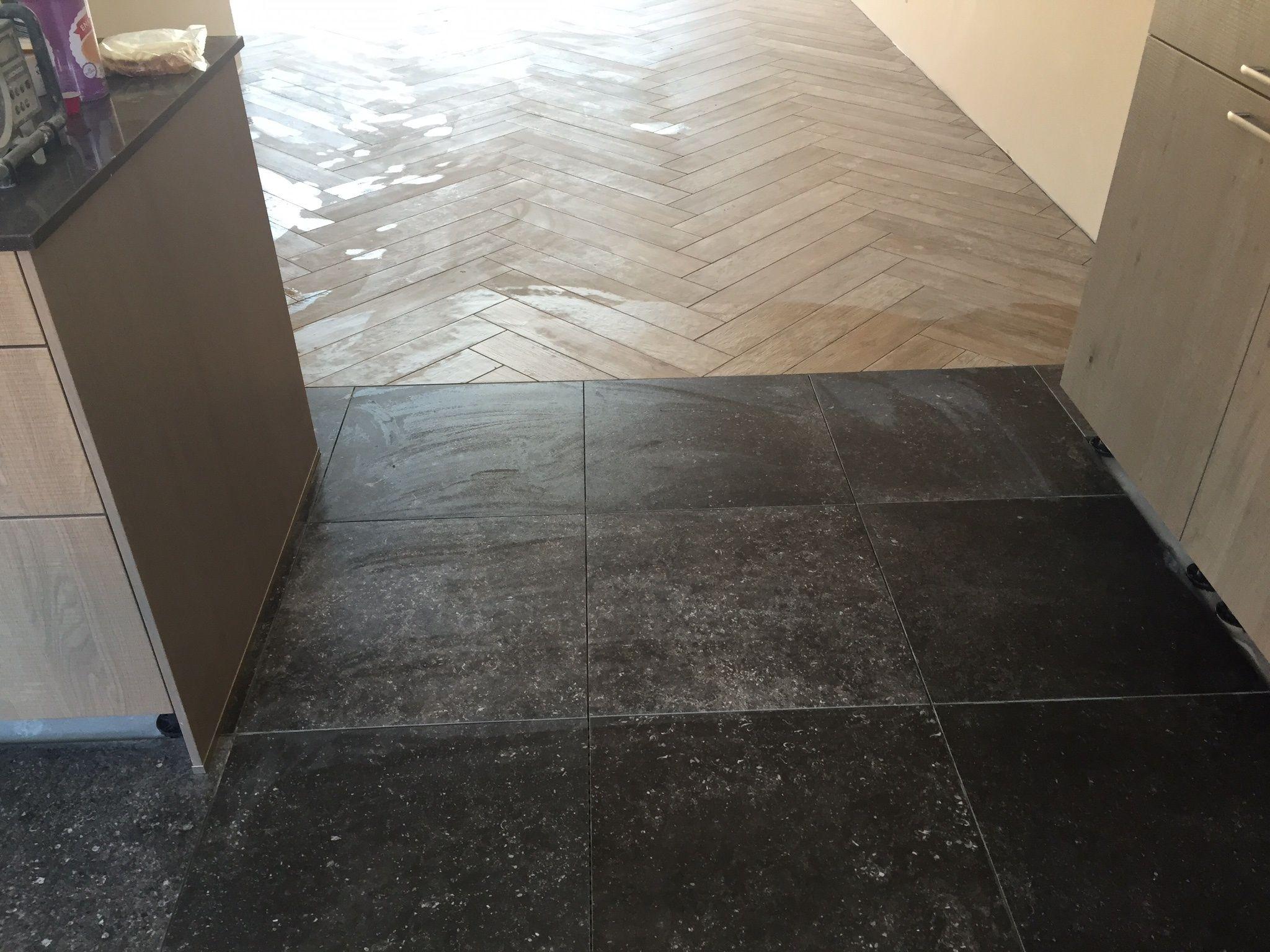 Hardsteen look vloertegels kronos blautech en houtlook tegels