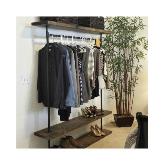 IRD Triple estante de ropa mobiliario por MaverickIndustrial ...