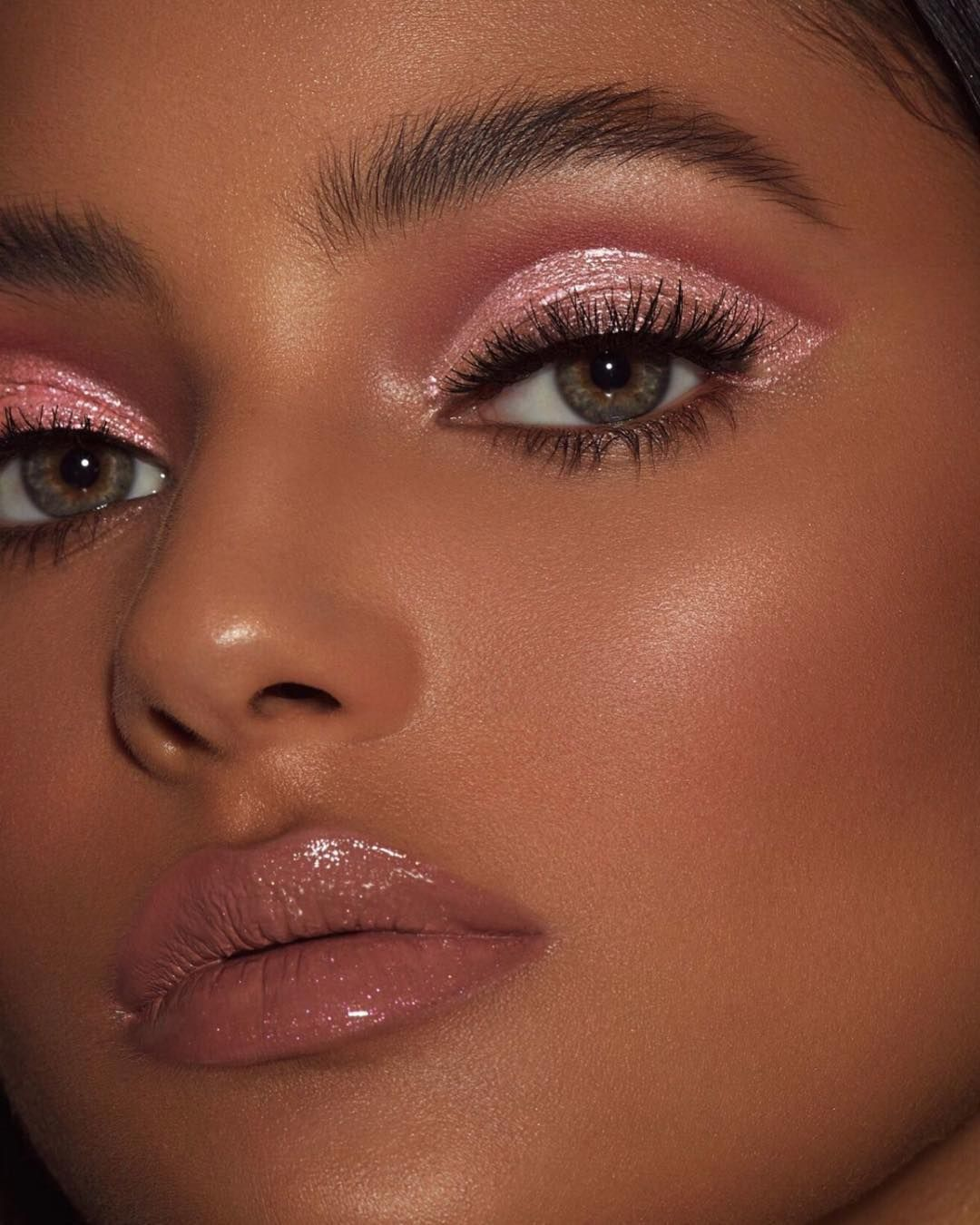 """Kylie Cosmetics on Instagram """"we can't get over """"roses"""