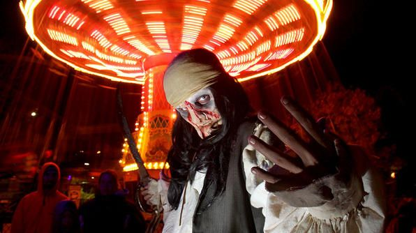 This Way Me Hearties With 13 Locations Across North America From Montreal To La Six Flags Fright Fest Offers Plenty O Great America Travel Fun Fright Night