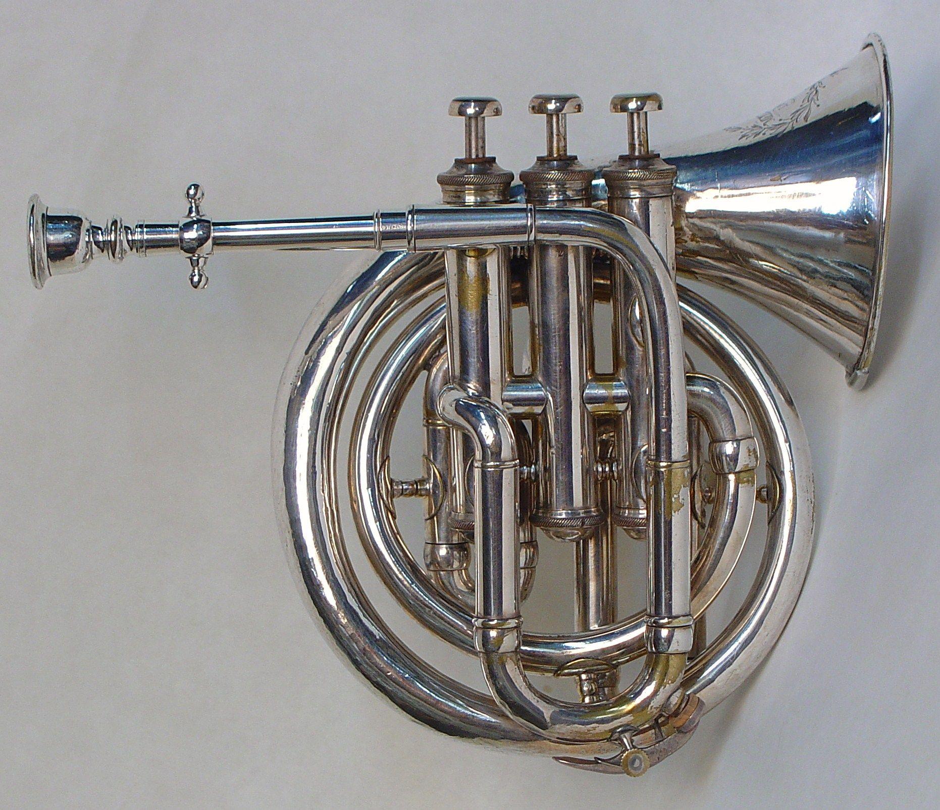 Circular Pocket Cornet Metzler 185060  Musical