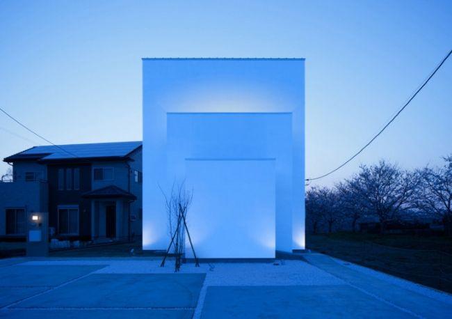 Maison design monochrome de Kichi Architectural Design Monochrome