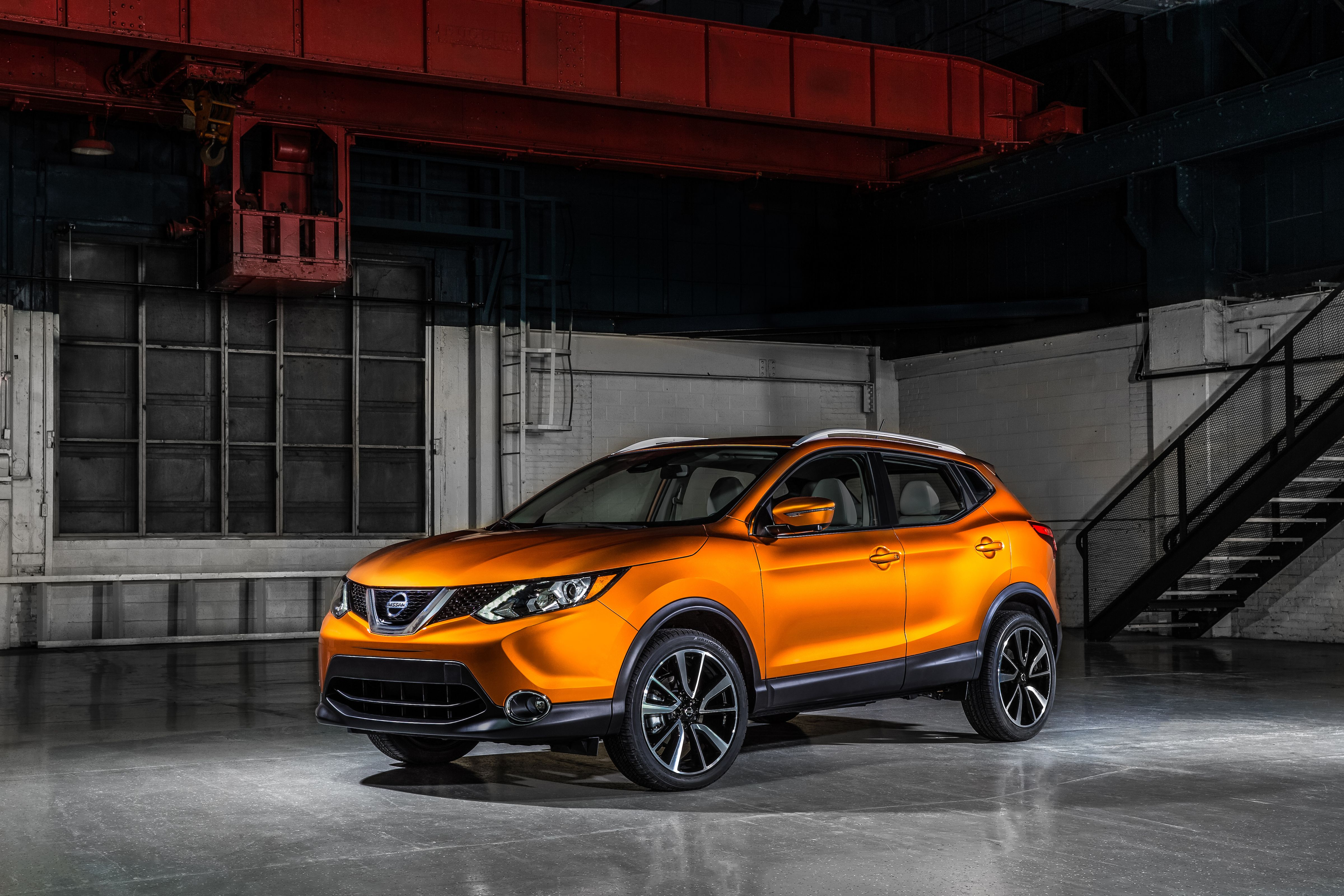 Compact Sporty Affordable Introducing The 2017 Nissan Rogue