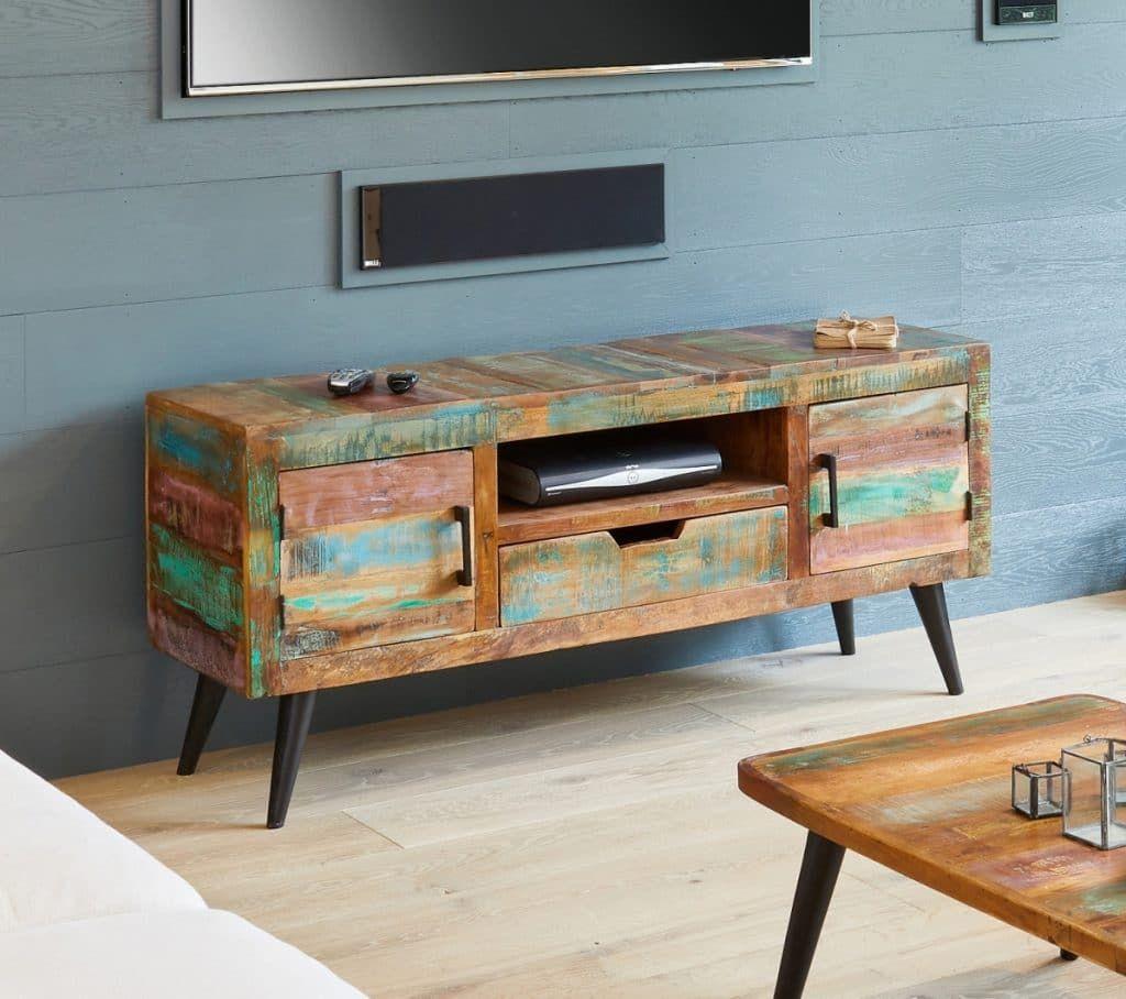 Coastal Chic Reclaimed Wood Furniture