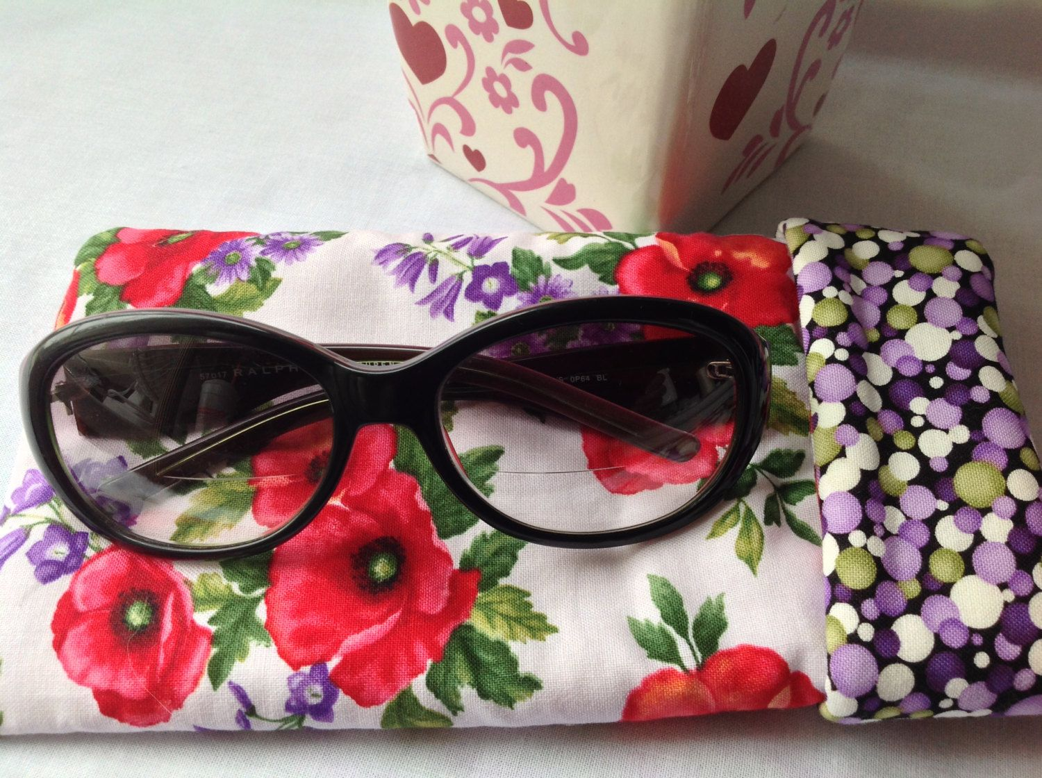 Glasses Case Red Poppies Sunglasses Case Eyeglasses Case Eyeglass Case Thickly Padded Hidden Magnetic Snap Polka Dot Lining (9.75 USD) by PhenomenalWomenShop