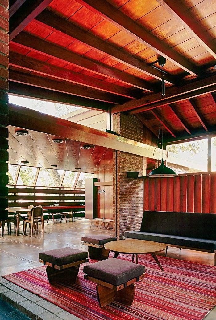 Weekend Spotlight: Park McDonald Renovate an Iconic Midcentury House ...