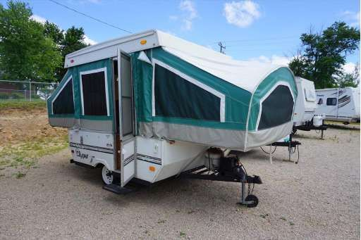 Check Out This 2002 Coachmen Clipper Sport 086 Listing In Bourbon