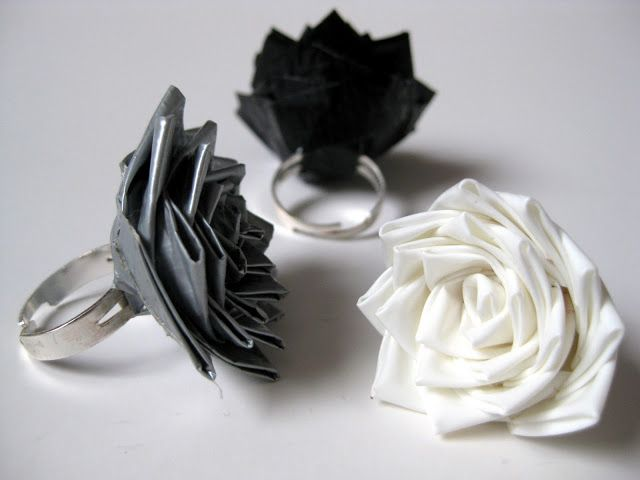 tape flower ring