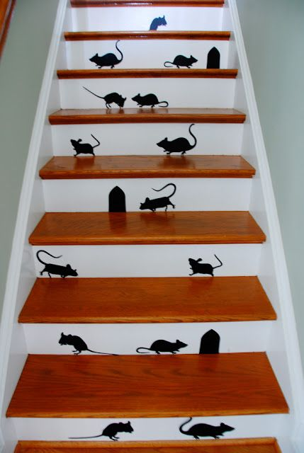 Souris dans l 39 escalier d co halloween faire soi m me super id e d co halloween - Faire deco halloween ...