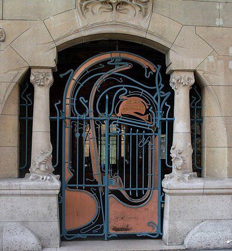 Porte art nouveau Architecte Hector Guimard, à Paris